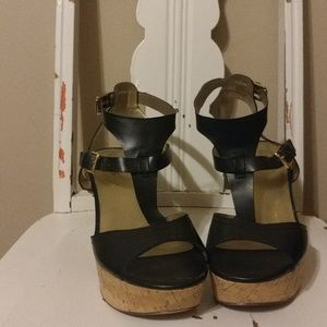 Guess Size 10 Chunky Heel/Wedge Sandals Worn Twice